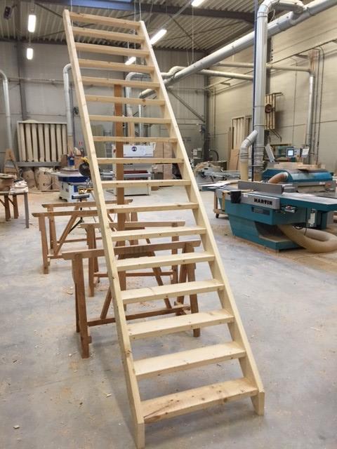 Cp trappen trap bouwpakket op maat for Trap op maat bestellen