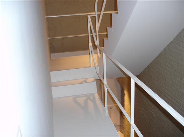 Cp trappen moderne trappen - Moderne metalen trap ...